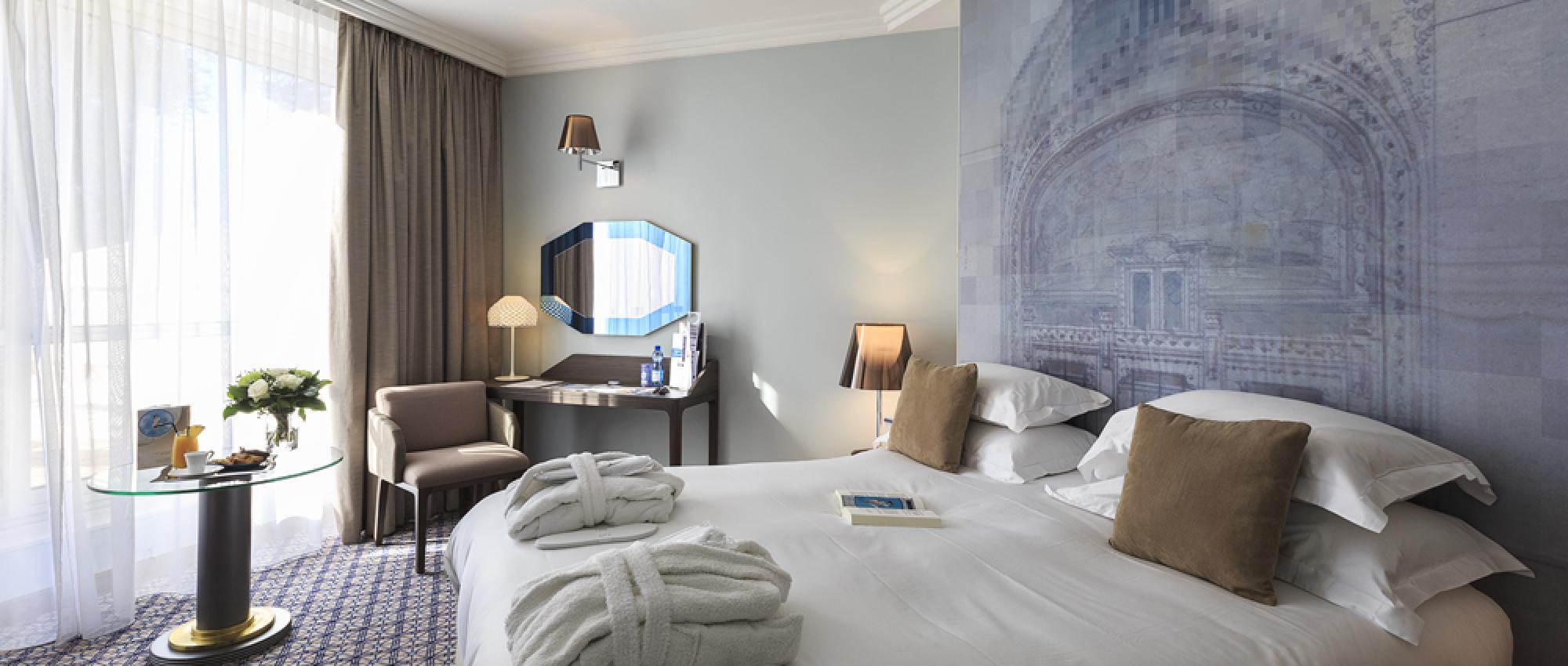 Chambre Deluxe vue Parc hôtel les Célestins Vichy
